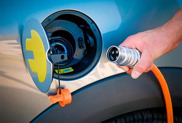 Электричество не заменит бензиновые двигатели в РФ в ближайшие 20 лет